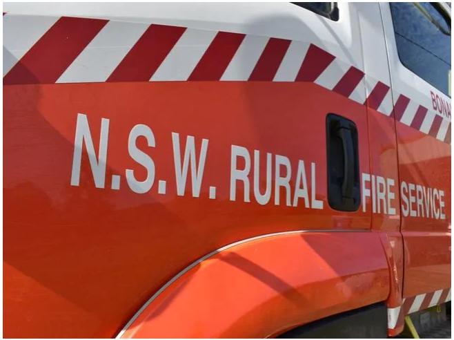"""Les pompiers disent que de nouveaux véhicules sont """" urgents """" nécessaires après la saison dévastatrice des feux de brousse"""