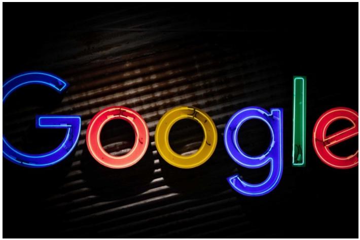 Facebook et Google veulent protéger le secret des données et l'utilisation des médias d'information, mais le gouvernement a d'autres idées