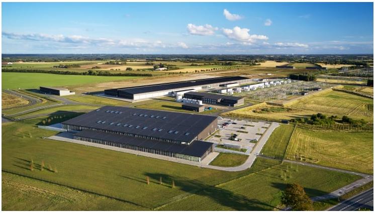 Apple investit dans les plus grandes éoliennes terrestres du monde qui alimenteront un centre de données danois